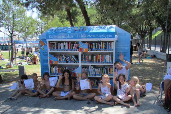 Knjižnica na plaži odpira svoja vrata