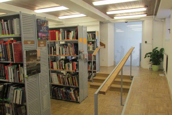 Teden splošnih knjižnic s kar dvema razstavama v Osrednji knjižnici Srečka Vilharja