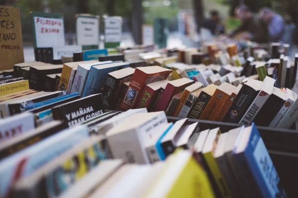 Dan splošnih knjižnic: Knjiga v vsak dom!