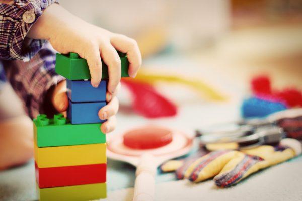 Zbirka starih igrač se na ogled postavi