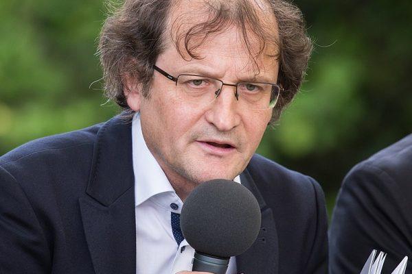 Dr. Brane Senegačnik razkriva skrivnosti poezije
